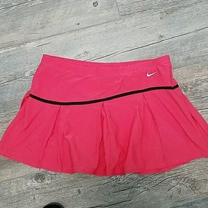 EUC Nike tennis skirt with shorts